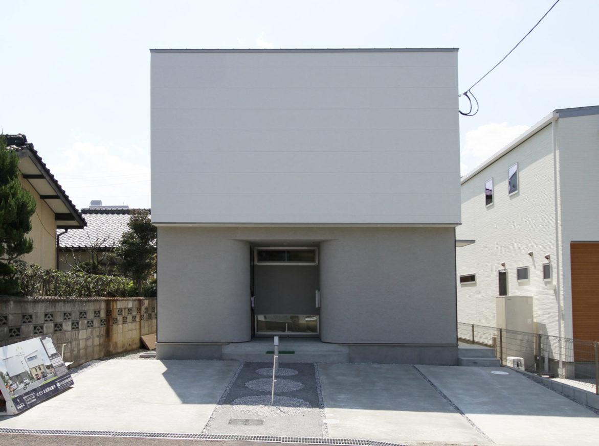 トレステラコート田尻2 | 西日本ホーム | 私たちは、人の「住」を ...